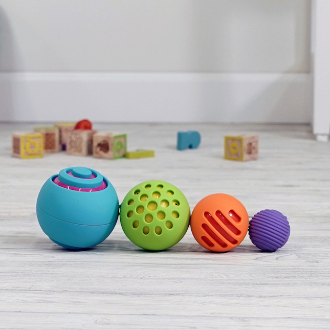 Fat Brain Toys OombeeBall Toy