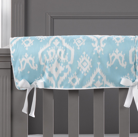 Liz & Roo Sky Blue Trellis 4 Piece Bumperless Crib Bedding Set