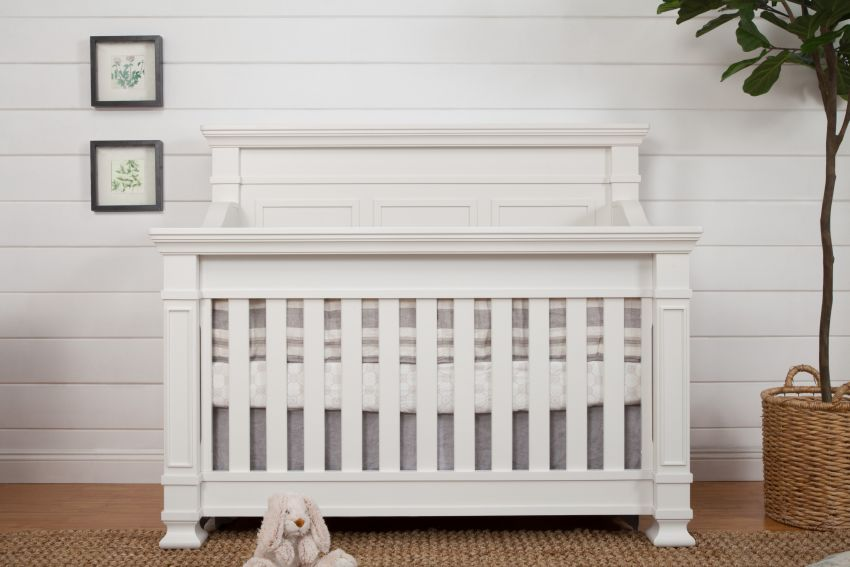 Franklin and Ben Tillen Convertible Crib - Warm White