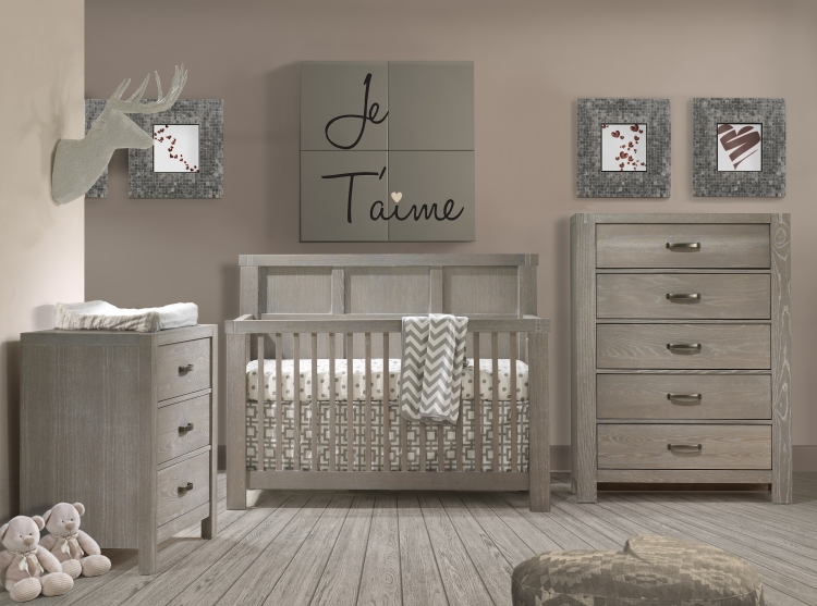 Natart Rustico Crib, 3 Drawer and Chest in Owl