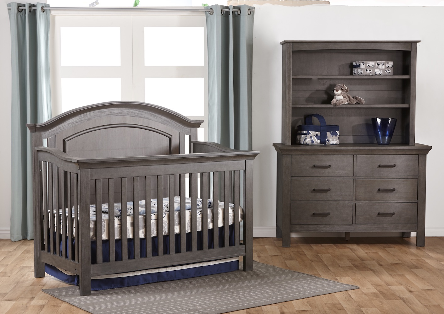 Pali Design Como Forever Crib + Dresser in Granite