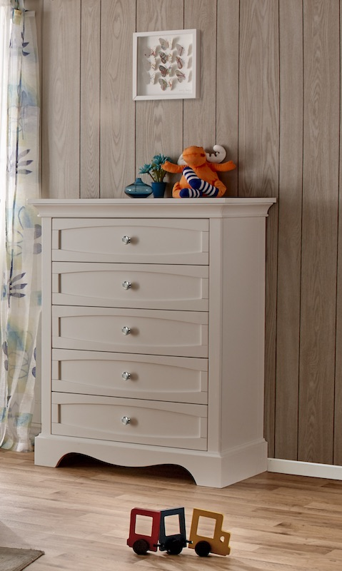 Pali Ragusa 5 Drawer Chest - Vintage White