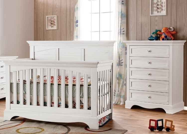 Pali Ragusa Forever Crib and Chest, Vintage White