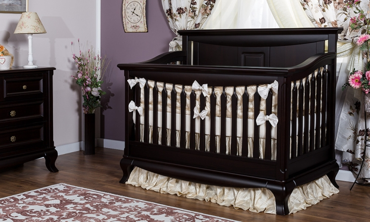 Romina Furniture Antonio Solid Panel Convertible Crib