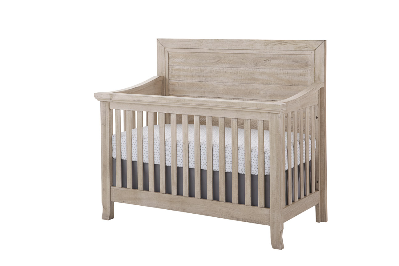 Stella Baby Remi Flat Top Crib in Sugarcoat