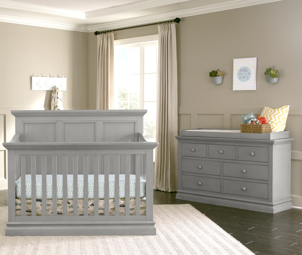 Westwood Design Pine Ridge Convertible Crib and Dresser, Cloud